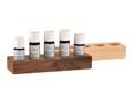 Ätherische Öle im Holzaufsteller